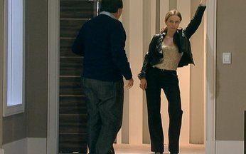 Passione - capítulo de sexta feira, dia 10/09/2010, na íntegra - Clara sai da cadeia e procura Totó