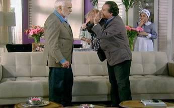Passione - capítulo de terça feira, dia 14/09/2010, na íntegra - Totó invade a casa de Olavo à procura de Berilo
