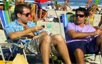 Junto e Misturado - Programa de 08/10 na íntegra - Amigos debatem sobre televisão. Bruno e Gregório descobrem que Fábio broxou com uma garota. Fabiula não sabe o que comprar de presente de casamento para um casal amigo.