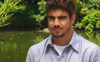 Ti-ti-ti - capítulo de quarta feira, dia 01/12/2010, na íntegra - Rebeca e Gino passam a noite juntos. Camila arma um encontro entre Marcela e Edgar