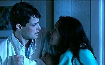 Cenas Inesquecíveis relembra a novela Por Amor, de 1997 - Helena, personagem de Regina Duarte, troca os bebês na maternidade