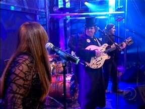 Os Mutantes se apresentam no Programa do Jô - Musical com Os Mutantes.