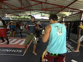 MMA invade as academias do Rio de Janeiro - A popularidade dos lutadores brasileiros levou esta modalidade para as academias cariocas. Apesar da fama de violento, o MMA também está atraindo mulheres.