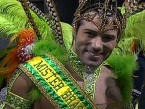 Mister Universo de 2011 é padrinho da Camisa Verde e Branco - Ralph Santos conta que é novato no samba, mas diz estar muito empolgado e feliz de poder participar do desfile da escola.