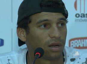 'Temos que ganhar', diz Neto Baiano sobre partida que vale vaga no G-4 - Vitória enfrenta o Atlético de Alagoinhas nesta quarta-feira de cinzas.
