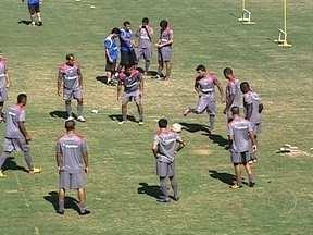 Vasco precisa resolver problemas na defesa para enfrentar o Madureira - Rodolfo se diz surpreso com o retrospecto de falhas nos últimos jogos.