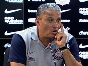 Iriitado, Tite tire Adriano do jogo contra o Guarani e faz mistério sobre motivo - Tite disse que o problema é técnico, mas pode ter sido disciplinar.