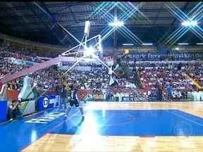 Estrelas do basquete dão show no fim de semana da NBB - Habilidade, cestas de três pontos e e enterradas fazem parte da festa.