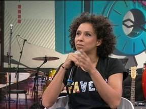 Thalita Carauta fala como foi a construção da personagem Janete - Atriz lembra que o papel foi sendo moldado baseado na reação do público