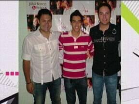 15 Segundos de fama apresenta fã do João Bosco & Vinicius - Anderson enviou sua foto e conversou com a dupla sertaneja