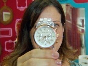 Novas tecnologias para medir as horas ameaçam reinado do relógio - Naty Graciano conta a história do acessório e tenta descobrir se ele vai deixar de existir