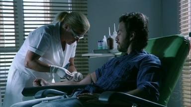 Amor Eterno Amor - capítulo de sábado, dia 24/03/2012, na íntegra - Miriam leva Carlos para fazer o exame de DNA