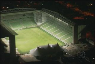 Independência faz teste de luz nos refletores - Veja como está o estádio do Independência
