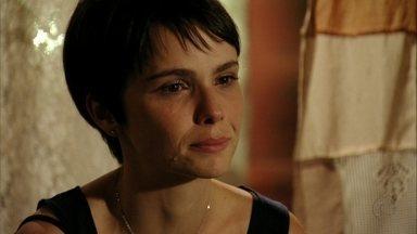 Cap 04/04 - Cena: Nina pergunta por Batata - Lucinda desconversa e não revela que o menino foi adotado por Carminha e Tufão