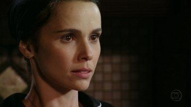 Avenida Brasil - Capítulo de quinta-feira, dia 05/04/2012, na íntegra - Ivana apresenta Carminha a Nina