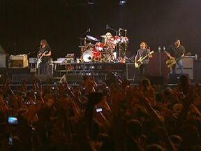 Fim de semana foi de muita música em São Paulo - O Jockey Clube, na Zona Oeste da capital, foi tomado por milhares de apaixonados por rock. Fãs de várias partes do país foram curtir o Festival Lollapalooza.