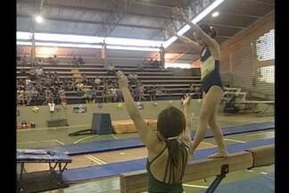 Unipê realiza festival de ginástica e Dança com futuras promessas da modalidade - Evento reuniu cerca de 100 crianças entres 6 e 16 anos. Objetivo era dar experiência aos novos atletas.