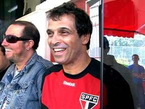 Milton Cruz assume o São Paulo mais uma vez e faz alterações no time principal - Paulo Miranda foi sacado do jogo contra o Cruzeiro pelo técnico interino.