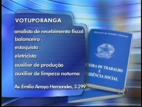 Confira as vagas de emprego anunciadas no Tem Noticiais de Rio Preto, SP - As vagas são desta segunda-feira (6) para toda a região de São José do Rio Preto (SP). Oportunidade para quem quer trabalhar como encarregado de linha de produção ou como analista fiscal.
