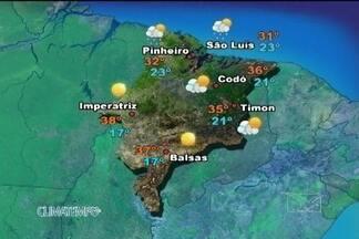 Confira a previsão do tempo para esta segunda-feira (6) no Maranhão - Calor e a alta umidade relativa do ar deixam o céu com algumas nuvens no litoral maranhense nesta segunda-feira. Nas demais regiões do estado, a presença de uma massa de ar seco deixa o tempo aberto.