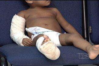 Casal é preso por espancamento dos filhos em São Luís - Testemunhas disseram à polícia que os dois são usuários de drogas. Família mora no bairro do São Raimundo, na capital.