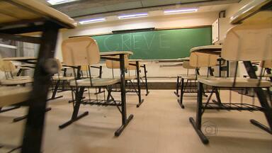 Professores e técnico-administrativos da UFMG não aceitam proposta do governo - Greve dura quase dois meses.