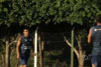 Goiás terá força máxima para próximo confronto - Time esmeraldino recebe o Boa Esporte, sábado, no Serra Dourada. Enderson Moreira não tem nenhum desfalque por suspensão ou lesão.
