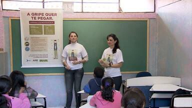 Prevenção de H1N1 em escolas é foco de campanha - Salas fechadas e frio do inverno favorecem e potencializam contaminação