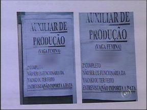 Empresa é notificada por vaga de emprego discriminatória em Tatuí, SP - Uma empresa metalúrgica multinacional, com filial instalada na cidade de Tatuí (SP), foi proibida pelo juiz titular da Vara do Trabalho da cidade, Marcus Menezes Barberino Mendes, de publicar anúncios de emprego discriminatórios.