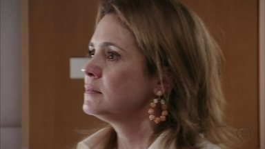 Carminha dá um ultimato a Max - A megera manda o amante escolher entre ela e Nina