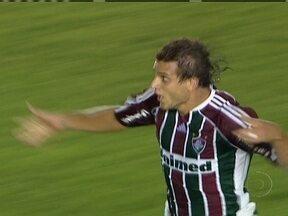 Rafael Moura é contratado pelo Internacional - Jogador estava no Fluminense, mas já deve ser apresentado no time colorado na próxima semana.