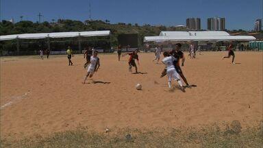 Surbubão tem seu primeiro dia de disputa - São dezesseis equipes disputando o campeonato.