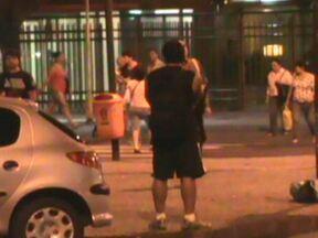 Justiça manda soltar jovem de classe média que foi preso por tráfico de drogas - O jovem ficou preso por menos de uma semana no presídio Ary Franco. Na casa do traficante foram encontrados R$ 38 mil. De acordo com a polícia, ele era um dos maiores fornecedores de drogas na Zona Sul.