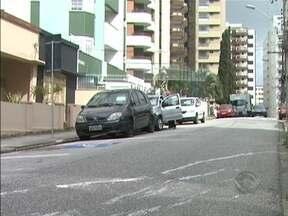 Falta de espaço nos pátios das delegacias causa transtornos em Florianópolis - Falta de espaço nos pátios das delegacias causa transtornos em Florianópolis