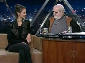 Jô Soares entrevista Laura Neiva - A atriz falou de sua carreira no cinema e projetos para o futuro