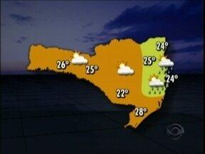 Previsão indica domingo de sol entre nuvens em Santa Catarina - Pode ocorrer chuvisco na Capital, Vale do Itajaí e Norte de SC.