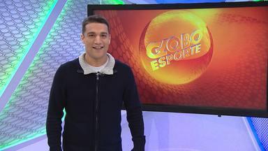 Marcos Leandro apresenta os destaques do Globo Esporte MG desta segunda-feira - Galo vence mais uma e segue mais líder do que nunca. Já o Cruzeiro foi goleado pelo Coritiba. E o volante Marquinhos Paraná é o novo reforço do América-MG.