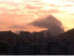Previsão é de sol para o final de semana do carioca - Nesta sexta-feira (31), o sol deve aparecer, apesar do tempo ainda continuar parcialmente nublado. Para o final de semana, o sol deve predominar em todo o estado, com temperaturas em elevação.