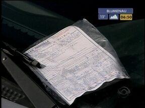 Ittram afirma que não haverá multa caso não se coloque cartão na Zona Azul de Joinville - Confira mais informações sobre a praça de pedágio de Palhoça.