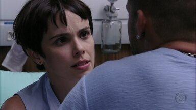Nina percebe que Jorginho está estranho - Ele não conta sobre o sentimento de Tufão