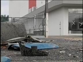 Em Blumenau, corredores de ônibus têm feito aumentar o número de acidentes - A intenção da criação dos corredores era melhorar a mobilidade urbana.