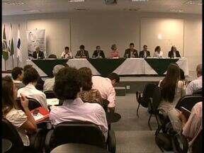 Candidatos de Curitiba assinam termo de compromisso com organizações sociais - A iniciativa é do Institutp Ethos