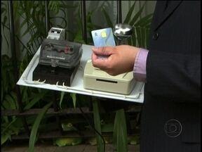 Conta de luz pré-paga: conheça o sistema que será implantado em 2013 - O novo método, em teste, busca isenção de tarifa mínima sem obrigatoriedade