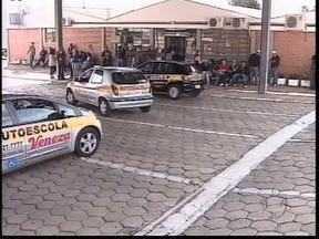 Detran faz mutirão em 4 cidades do Paraná - Os candidatos podem adiantar o processo para retirar a primeira habilitação.