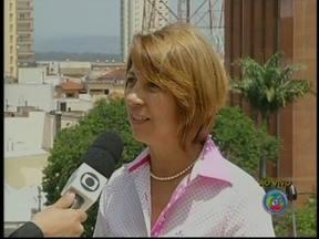 Belkis Fernandes é primeira mulher eleita prefeita em Ourinhos, SP - Em Ourinhos (SP), os eleitores escolheram Belkis Fernandes (PMDB) para administrar a cidade. Belkis é a primeira mulher a ocupar o cargo.