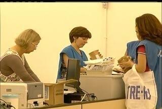 Domingo de votação em Teresópolis, RJ, é marcado por prisão e resultado indefinido - Dezessete pessoas foram detidas por boca de urna na cidade e dois candidatos a prefeito não tiveram os votos computados pelo TSE.