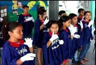 Escolas pública do Cariri ensinam Língua Brasileira dos Sinais - Libras é uma forma de inclusão para pessoas que não falam ou ouvem.