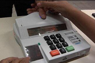 Eleitores usam sistema biométrico em Benedito Leite - Sistema traz mais segurança para o pleito e foi usado em seis cidades no Maranhão.