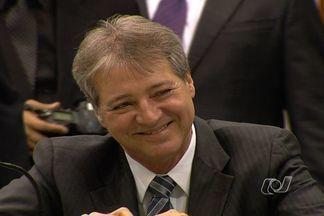 Helder Valin é eleito presidente da Assembleia Legislativa, em Goiás - Ele recebeu votos de todos os 39 parlamentares presentes na sessão.Entre os compromissos assumidos está a construção da sede da Casa.
