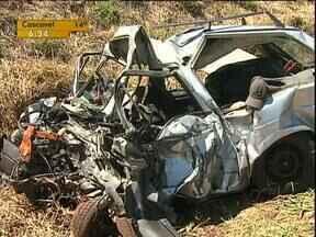 Quatro pessoas morreram e outras quatro ficaram feridas na PR 180 em Cascavel - Todos eram jovens e entre as vítimas estavam dois irmãos.